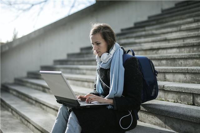 申请美国大学,哪些方面要重点关注?